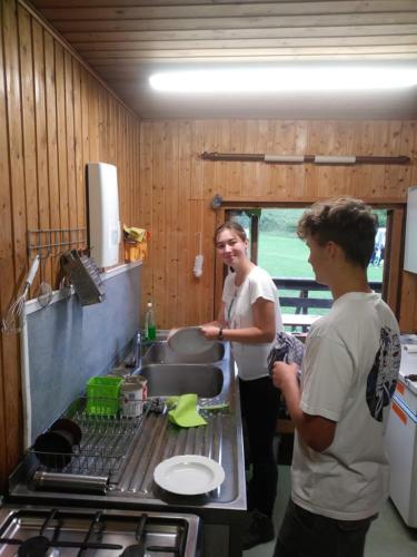Tina_im_Küchenteam